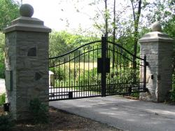 Stone Pillars & Driveway Security Gate in Toronto.