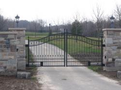 Gated Community Custom Gate in Ontario.